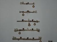 Karácsonyfa a falon