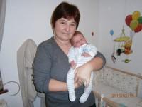 Februárba született az unokám Albert, Angliába. Fiamék jóvoltából első találkozásom a picivel.