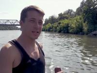 Otthagyta a munkahelyét, hogy hónapokig szemetet szedjen a Tisza-tónál