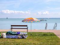Nyári strandolásra, fürdőzésre vonatkozó ajánlások