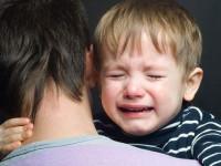 Felbosszantotta magát egy síró gyereken, majd légpuskával a levegőbe lőtt